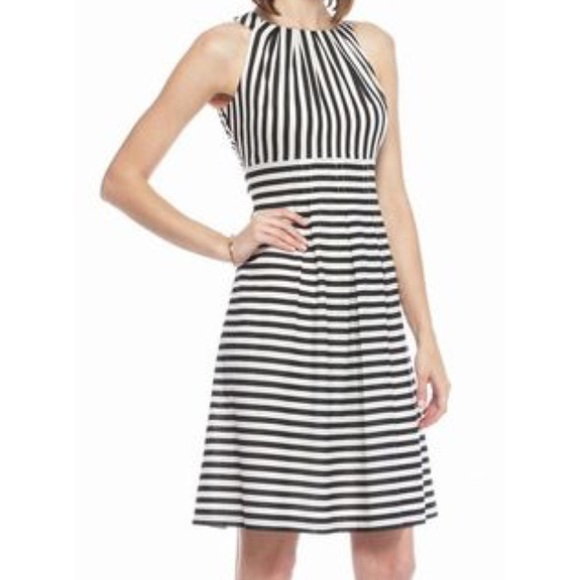 826d840d639 Nine West dress NWT✨ Black and white stripes
